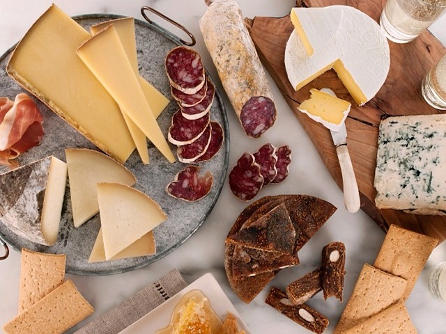 Murray's Cheese on Zola Wedding Registry