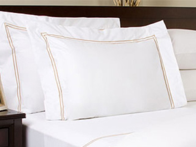 Bellino Fine Linens on Zola Wedding Registry